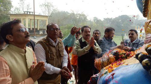बड़े ही धूमधाम से मना महाशिवरात्रि, गुड्डू खान ने किया पूजा अर्चना